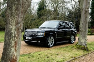 Range Rover Vogue SE in Black 2013